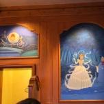 Dekorationen über der Tür