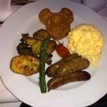 Warme Gerichte zum Frühstück in der Auberge de Cendrillon