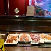Frühstück - Pancakes und Mickey Waffeln