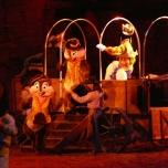 Mickey & Co treten auf