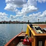 Bootsfahrt zum Grand Floridian