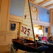 Lobby des Yacht Clubs