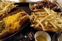 Hot Dogs bei Caseys Corner