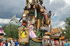 festival-of-fantasy-parade-2
