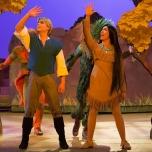 Le Foret de l'Enchantement mit Pocahontas und John Smith
