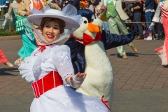 Mary Poppins und ein Pinguin