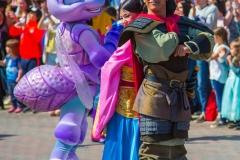 """Disney Figuren aus """"Mulan"""" und """"Das große Krabbeln"""""""