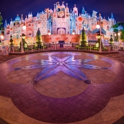 IASW in Hong Kong Disneyland bei Nacht