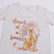 Es gibt T-Shirts mit diversen Motiven