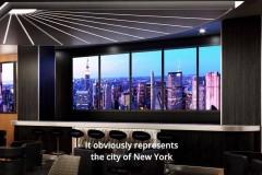 Barbereich mit Ausblick auf New York in der Skyline Bar
