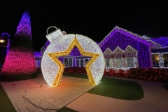 Foto: www.mousesteps.com - Avenue of Angels mit über 100.000 Lichtsternen.