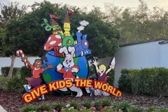 Foto: www.mousesteps.com - Eingang zum Give Kids The World Family Village in Florida
