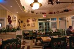 Kellner Bill in Olivia's Cafe