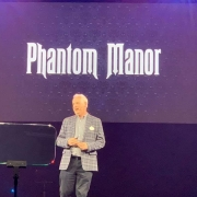 Tom Fitzgerald bei der Präsentation von Phantom Manor