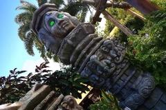 Eine unheimliche Statue