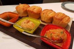 sebastians-pull-apart-bread