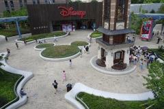 Der Vorplatz des Disney Store