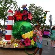 duffys-splashing-pre-parade-5