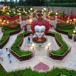 Alice in Wonderland Maze