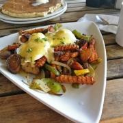 Herzhaftes Frühstück in Jaybird's Restaurant