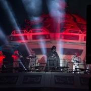 Darth Vader und Sturmtruppen präsentieren die Show