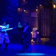 Ob R2-D2 ahnt, wer gewinnen wird?