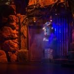 R2-D2 schwebt...