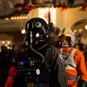 Tie Fighter Pilot bei der Parade