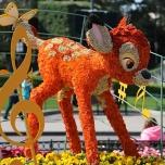 Bambi Blumenfigur