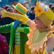Eine Tänzerin im Detail Goofy's Garden Party