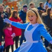 Noch mal Alice im Wunderland bei Goofy's Garden Party