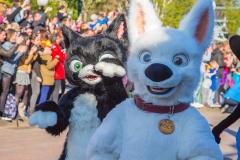 Bolt und Mittens im Disneyland Paris