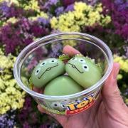 Alien Mochis mit Vanille-, Erdbeer- & Schokoladengeschmack