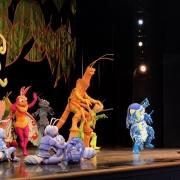 One Mans Dream Show mit seltenen Charakteren von ,,Das grosse Krabbeln''