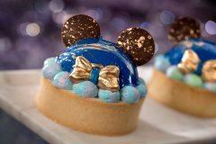 Mickey Mouse Kuchen mit Schleife