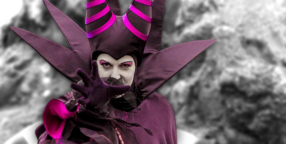Maleficent im Disneyland treffen