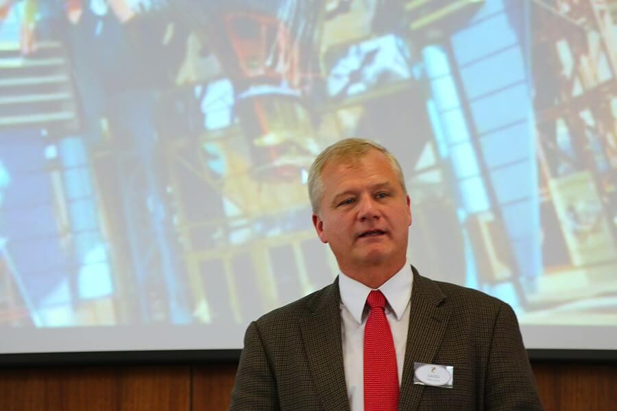 David Tolley bei seinem Vortrag zur Komposition für das Discoveryland