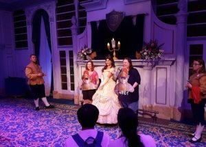 Attraktion Enchanted Tales with Belle im Magic Kingdom
