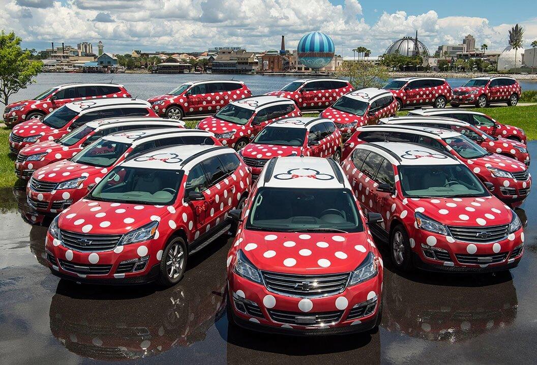 Autos mit Polka Dots