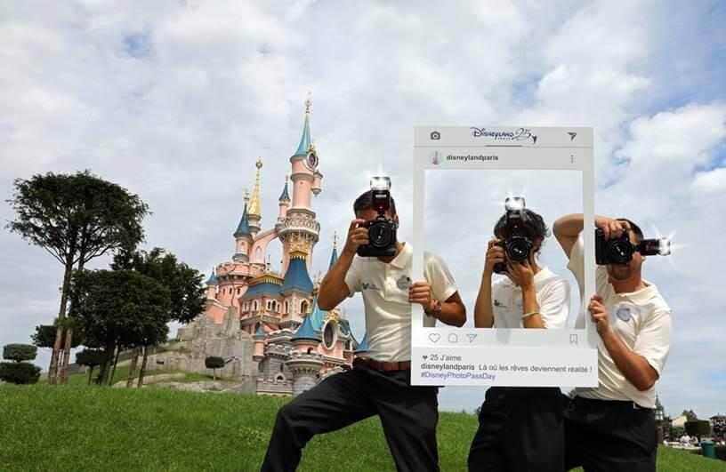 Fotografen vor Schloss