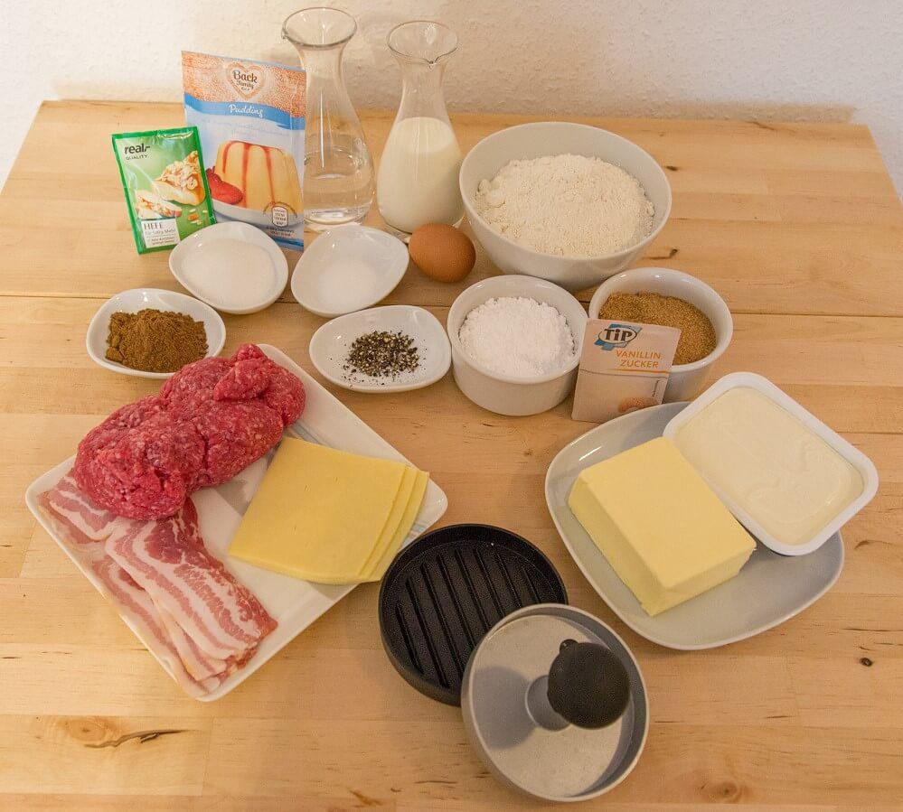 Die Zutaten für den Cinnamon Bun and Candied Bacon Cheeseburger