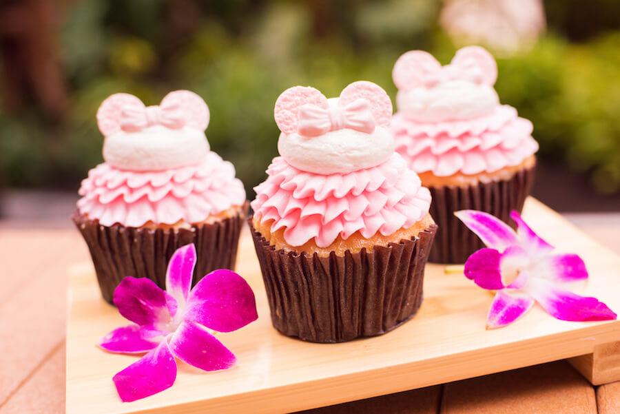 Drei Pinke Cupcakes