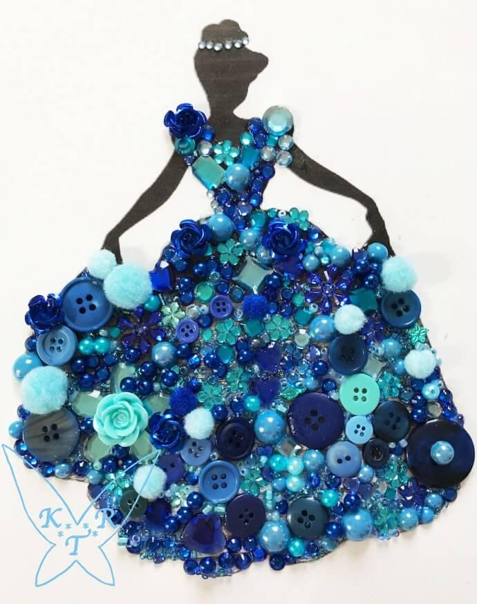 komplettes Knopfbild mit Cinderella-Motiv