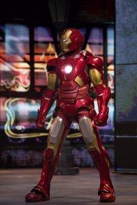 Superheld Iron Man im Disneyland Paris