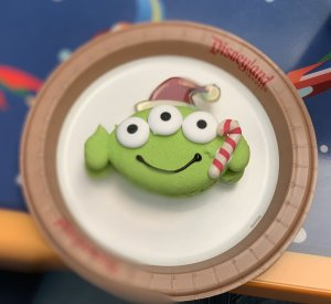 Toy Storys Aliens Macaron