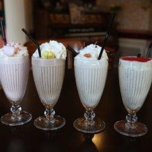 Vier verschiedene Milkshakes aus dem Victorias