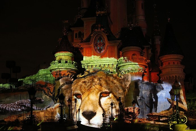 Disneyland Paris würdigt Earth Month mit Abendshow