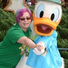 Nina mit Donald Duck