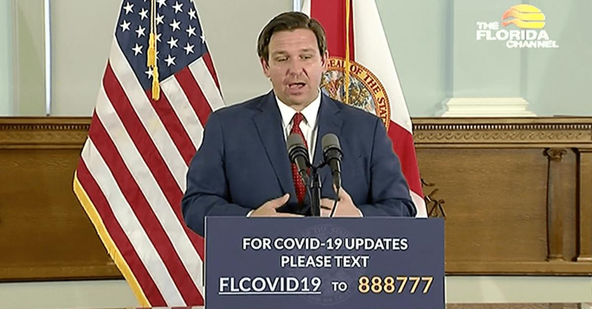Floridas Gouverneur Ron DeSantis bei der Pressekonferenz zu Re-Open-Florida