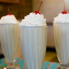 Disney-Rezept: Peanut Butter & Jelly Milkshake aus dem 50's Prime Time Café